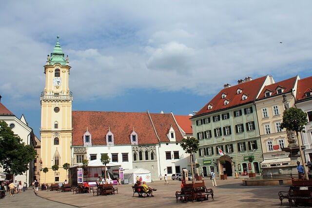 bratislava-old-town.jpg