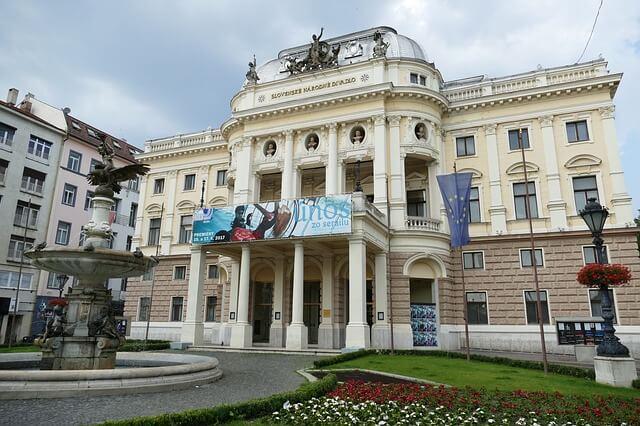 bratislava-theater.jpg